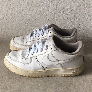 Boys Nike Air Force 1 White Shoes size 6.5Y
